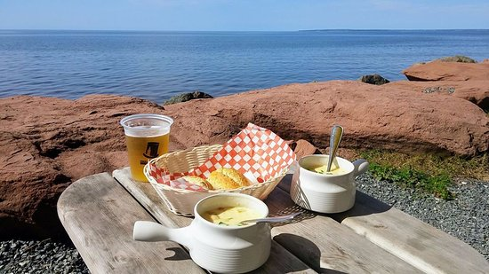 Point Prim, Canada : Creamy seafood chowder with a view!!!