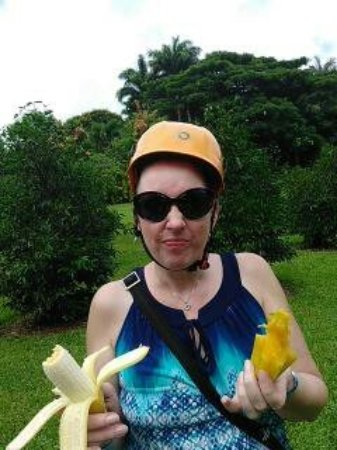 Hakalau, HI: apple bananas and star fruit are now on my list of favorites! Just making a face at hubby.