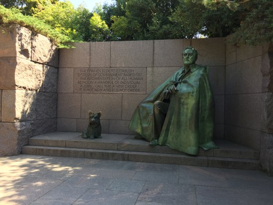 D.C Daily Tours: Roosevelt Memorial