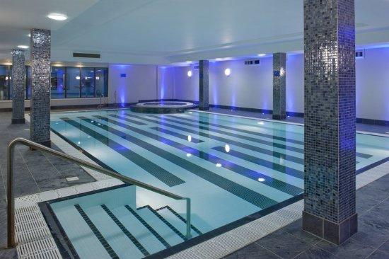 Holiday inn birmingham airport updated 2017 hotel for Pool show birmingham