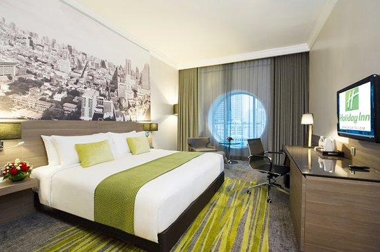 Holiday Inn Bangkok Silom: 1 BD Deluxe Room - Green Theme