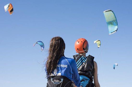 Lección de kitesurf para principiantes