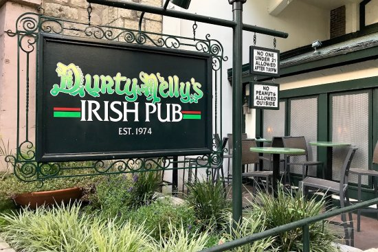 Durty Nelly's Irish Pub