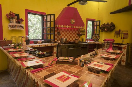 Riviera Maya Mexican Cooking Class and Traditional Fiesta
