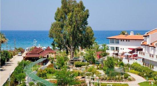 Sentinus Beach Hotel: Exterior