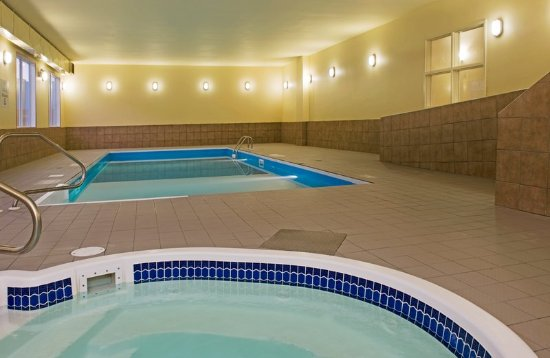 Holiday Inn Express Hotel Suites Prince Albert Updated 2017 Prices Reviews Canada
