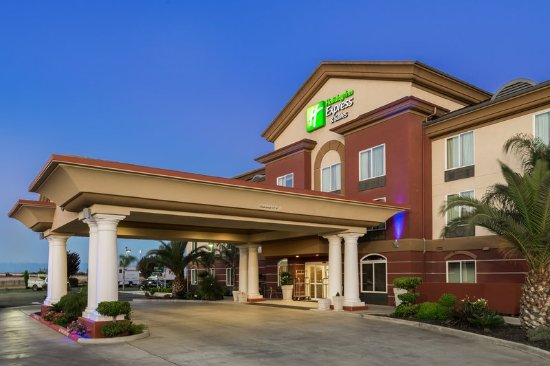 Welcome to the Holiday Inn Express & Suites Chowchilla-Yosimite!
