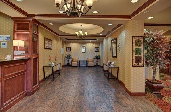 Altus, OK: Hotel Lobby