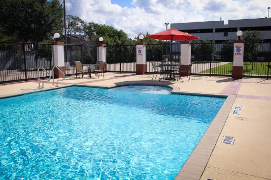 Candlewood suites westchase westheimer bewertungen fotos for Swimming pool preisvergleich
