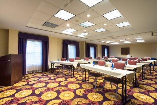huntersville meeting nc room Meeting space avaialble at our huntersville, nc residence inn lake norman hotel we offer free breakfast and wi-fi.