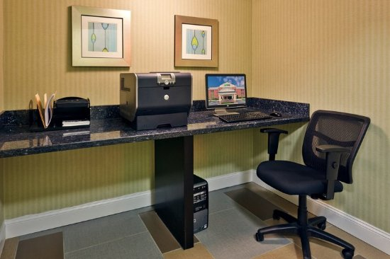 Holiday Inn Express Hotel & Suites Brentwood North-Nashville Area: Business Center