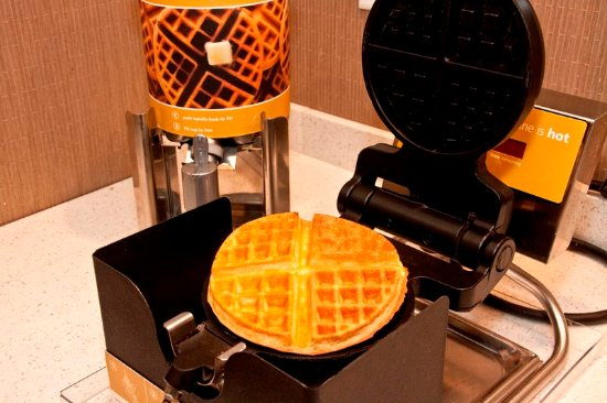 Cookeville, TN: Waffle Maker Station