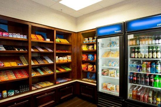 Front Royal, VA: Snack Shop