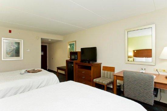 Front Royal, VA: 2 Queen Beds - Amenities