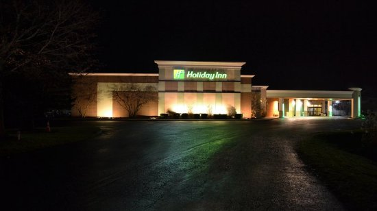 Holiday Inn Rutland-Killington Area: Hotel Exterior