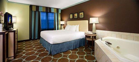 Holiday Inn Sarasota - Lakewood Ranch: Suite Bedroom Rgb
