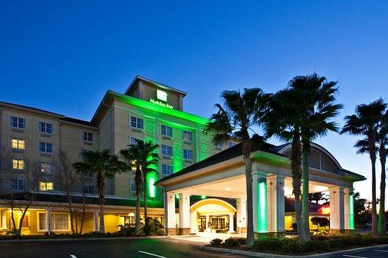 Holiday Inn Sarasota - Lakewood Ranch: Hotel Exterior located near Lakewood Ranch Main Street Restaurants