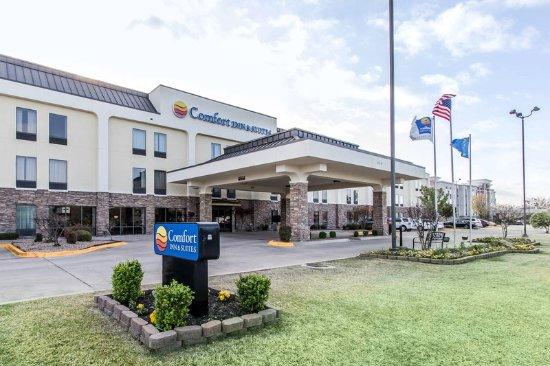 Comfort Inn & Suites Ardmore: Exterior