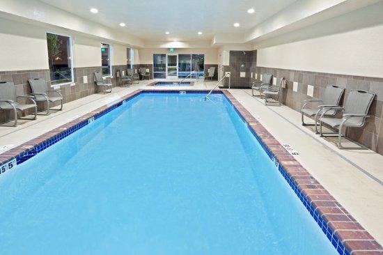 Sumner, WA: Indoor Heated Swimming Pool