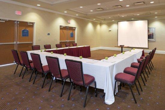Aurora, IL: Orchard Meeting Room U-Shape