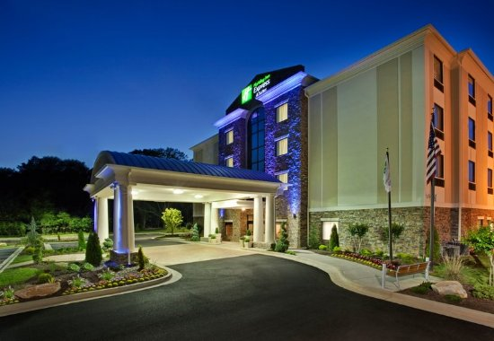 Fairburn, GA: Hotel Exterior