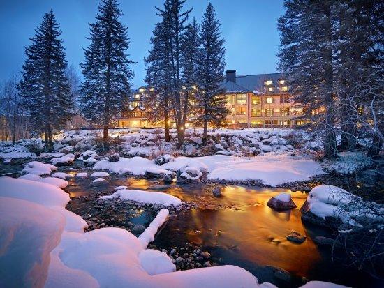 Vail Residences at Hotel Talisa : Vail Cascade Exterior Winter Gore Creek Signature