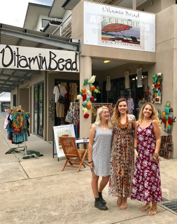 Vitamin Bead in the heart of Tea Gardens, providing a Mother and daughter shopping experience.