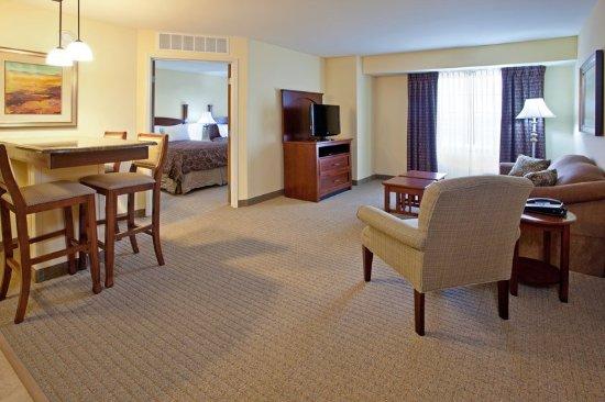 Elkhart, IN: One Bedroom Two Queen Suite