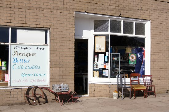 Antiques, Bottles, Collectables Shop