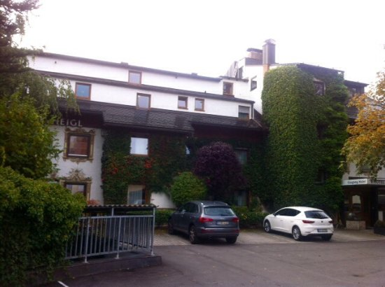 Hotel Heigl : Facciata .