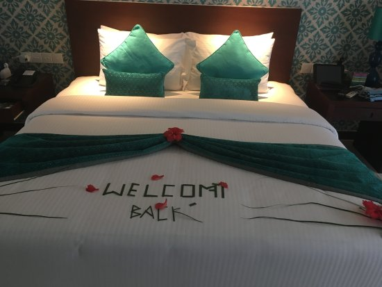 Adaaran Select Hudhuranfushi: Our bed on arrival