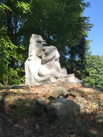 Haliburton Sculpture Forest : photo1.jpg