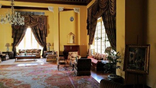 Pavillon Winter Luxor: Ein Raum auf dem Weg zum Frühstück