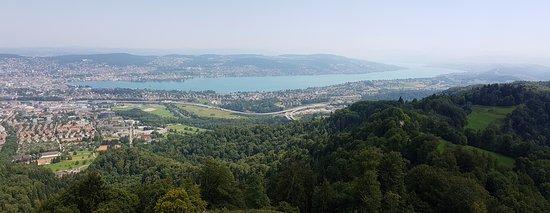 Uetliberg, Schweiz: Ausblick über den Züri-See