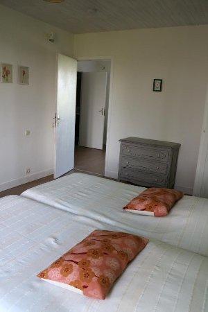Le Mesnil-Gilbert, France: Annexe chambre reinette 1er étage