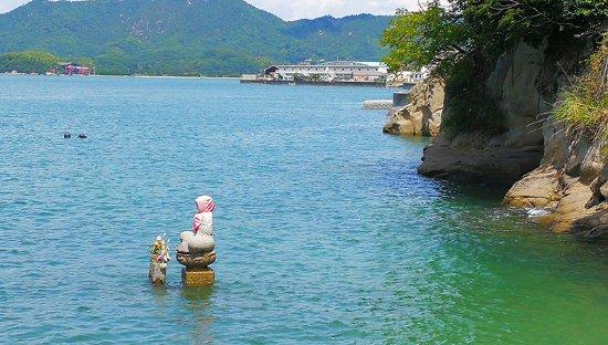 Kame No Kubi Statue