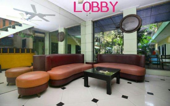 Global Inn Juanda: Lobby