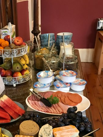St. Valery Guest House : One section of breakfast bar.