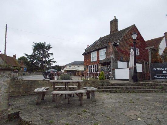 Steyning, UK: Pub Exterior
