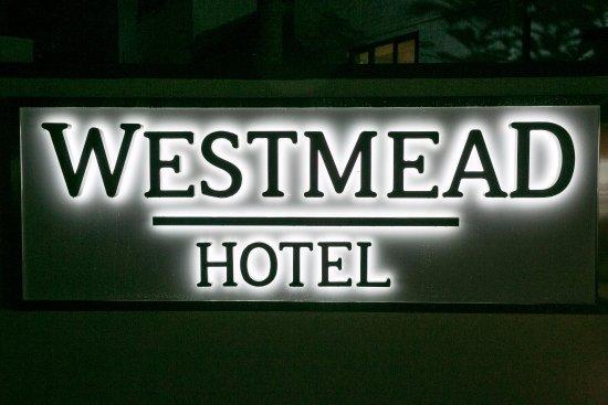 Westmead Hotel Photo