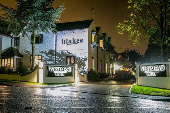 Westmead Hotel: Hotel Entrance