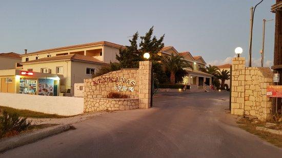 Alykanas Village Hotel: 20170922_195053_large.jpg