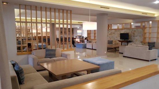 Alykanas Village Hotel: 20170928_181740_large.jpg