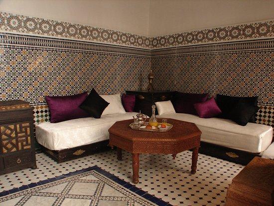 Riad sheryne fes hotel f s maroc voir les tarifs 11 for Salon zen rabat tarifs