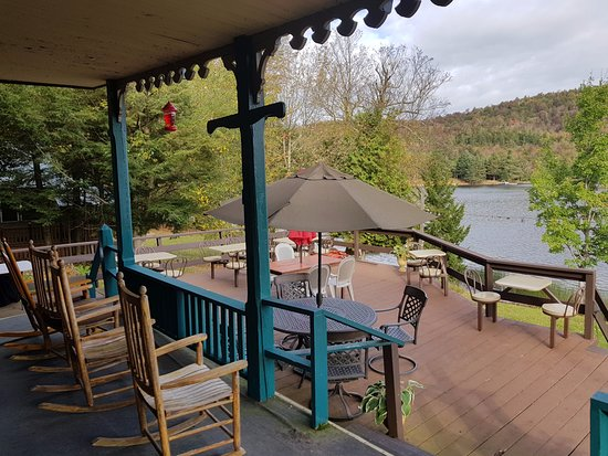 Big Moose Inn : Hotelterrasse