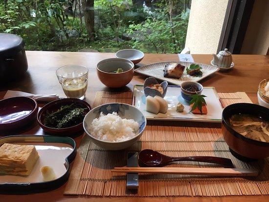 Ashikari: 朝食