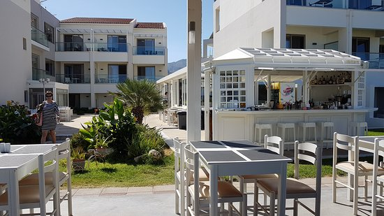 Iperion Beach Hotel: 20170921_114928_large.jpg
