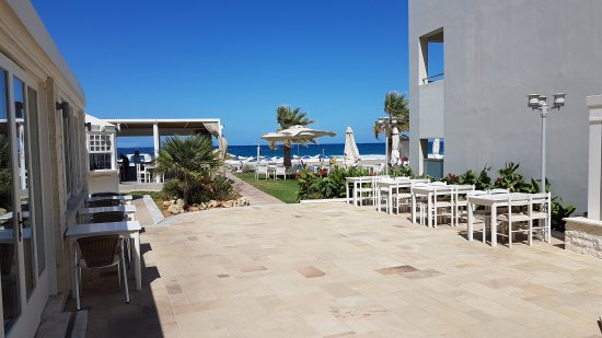 Iperion Beach Hotel: 20170921_140104_large.jpg