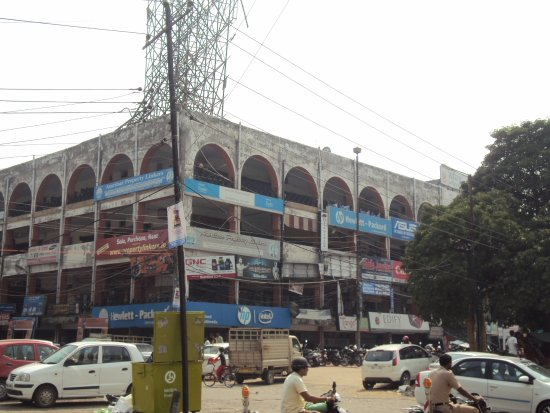 ‪Nehru Shopping Complex‬
