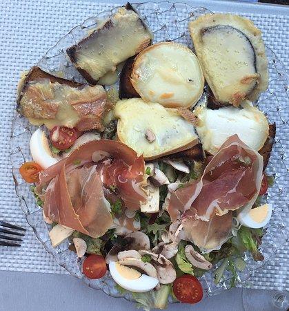 Ingersheim, Frankrijk: Salade campagnarde aux 4 saveurs
